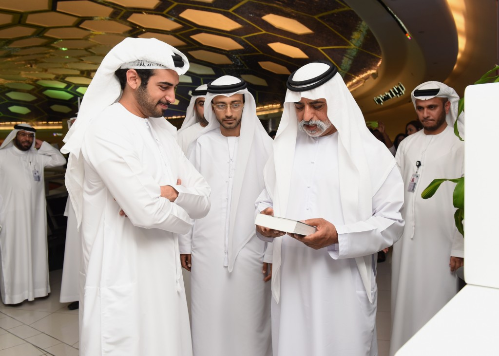 (L-R) Sheikh Zayed and Sheikh Nahyan at Abu Dhabi International Airport